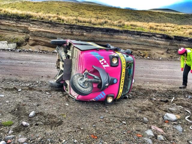 Tuktuk na lopatkách.