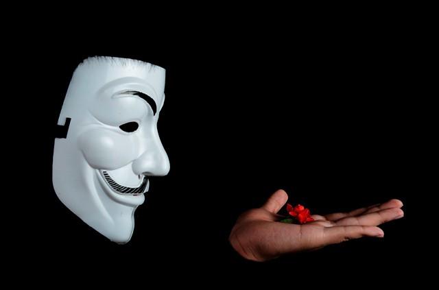 Anonymous jdou tvrdě proti Islámskému státu