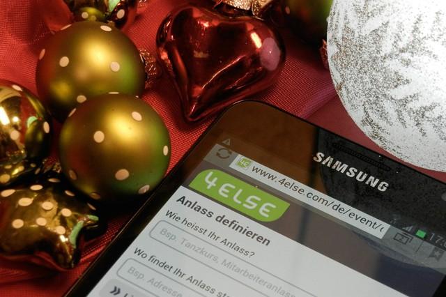 Vánoce 2015: Jaký smartphone pod stromeček?