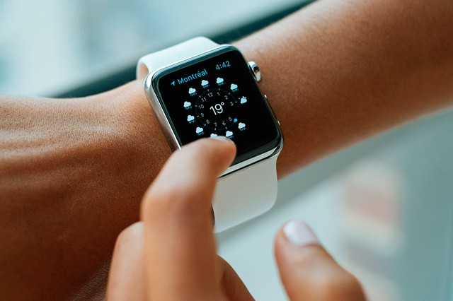 Vánoce 2015: Jaké chytré hodinky pod stromeček?