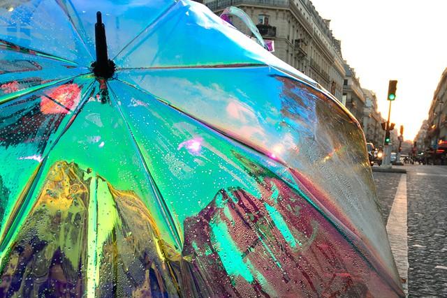 Schytrým deštníkem Oombrella a vaším chytrým telefonem již nikdy nezmoknete