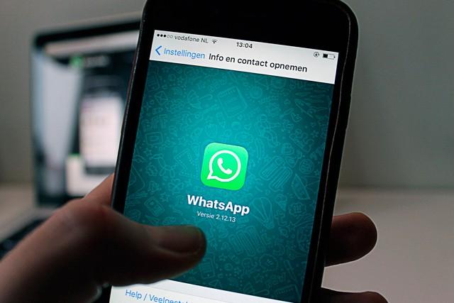 Nahradí aplikace WhatsApp běžný email?