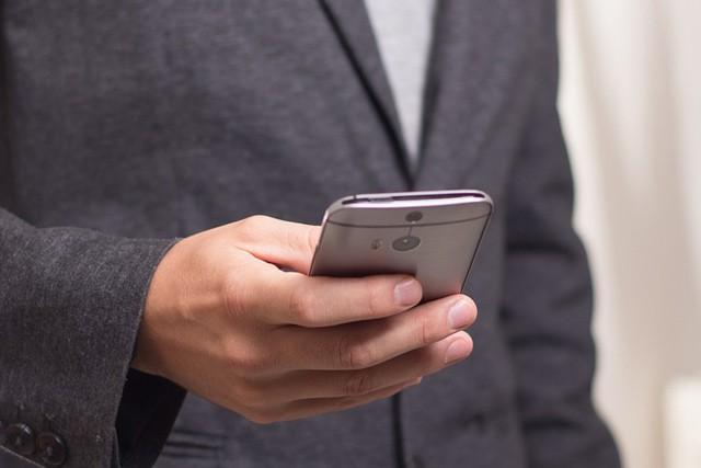Podvodníci se snaží vylákat přihlašovací údaje k bankovním účtům a pak okrást důvěřivce
