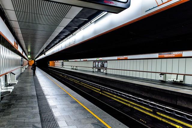 Bude ve stanicích metra dostupná i Wi-Fi?