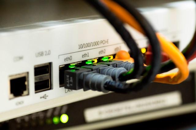DSL internet nabídnerychlost připojení až 250 Mb/s