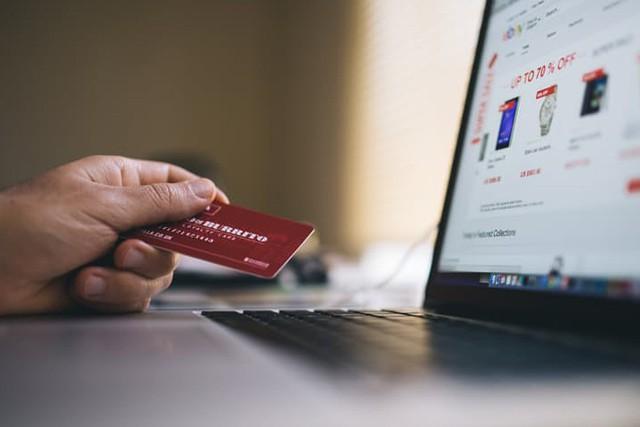 Jaká jsou pravidla pro EET u e-shopů?