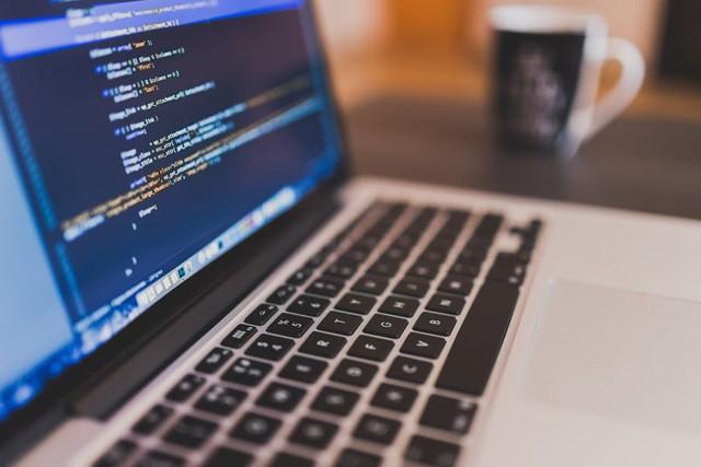 O2 startuje pilotní projekt pro vývojáře