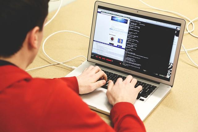 Avast: Většina uživatelů má v PC snadno napadnutelný software
