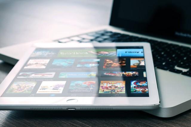 Pozor na stahování titulků kfilmům