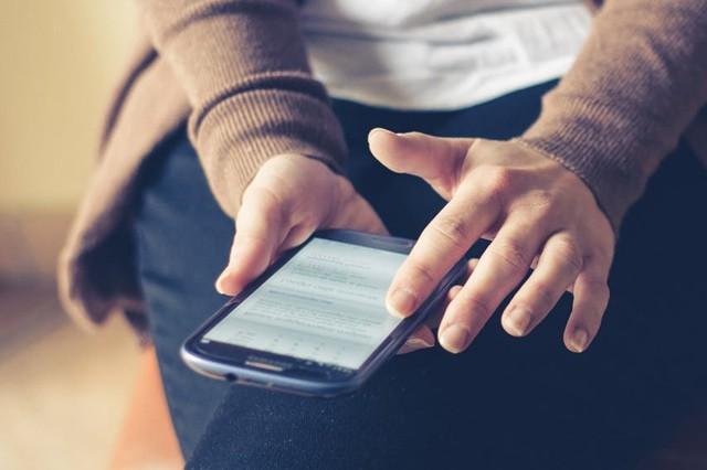 Češi jsou online víc na mobilu než na PC