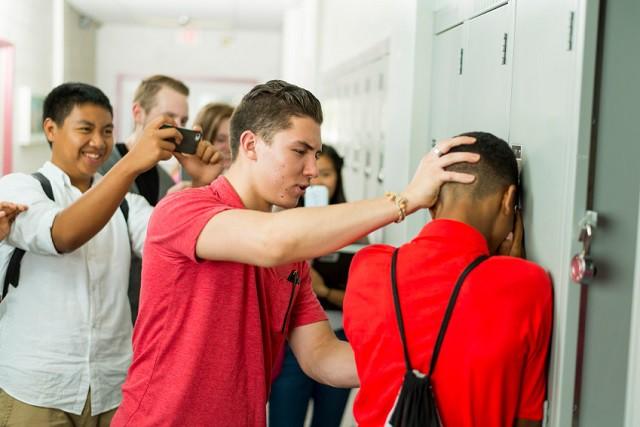 Středoškoláci vymysleli aplikaci proti šikaně