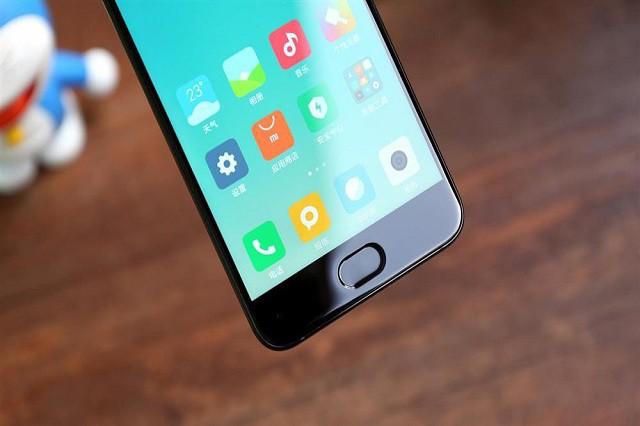 Fandíte telefonům Xiaomi? O2 je nabídne od 1. listopadu