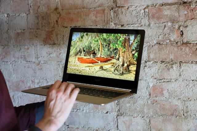 Acer se pochlubil s nejtenčím notebookem