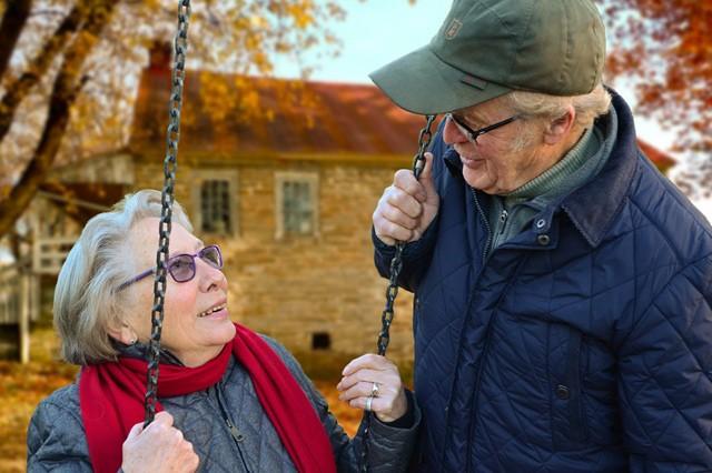 Vodafone chce zaměstnat důchodce