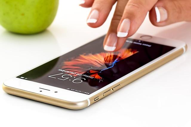 Hodnota Applu přesáhla bilion dolarů