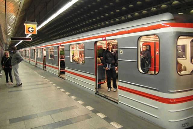 Metro mezi Muzeem a Vyšehradem má 4G síť