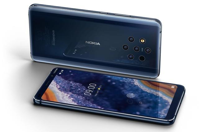 Nová Nokia 9 PureView má pět foťáků!