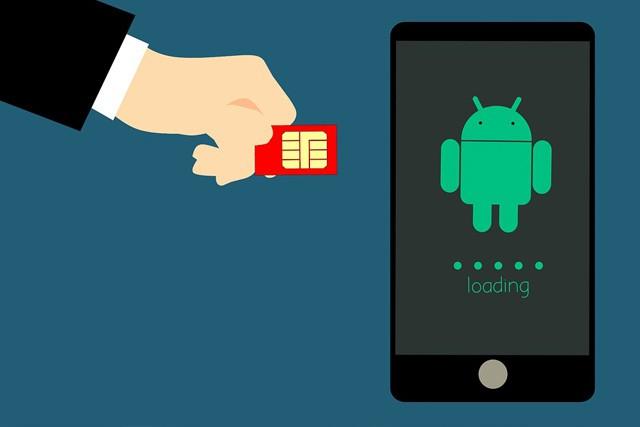 Vodafone nahrazuje klasickou SIM novou eSIM