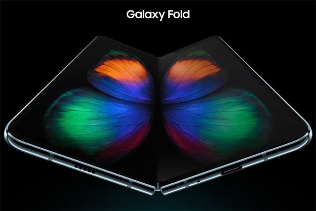 Podívejte se, jak se skládá Samsung Galaxy Fold