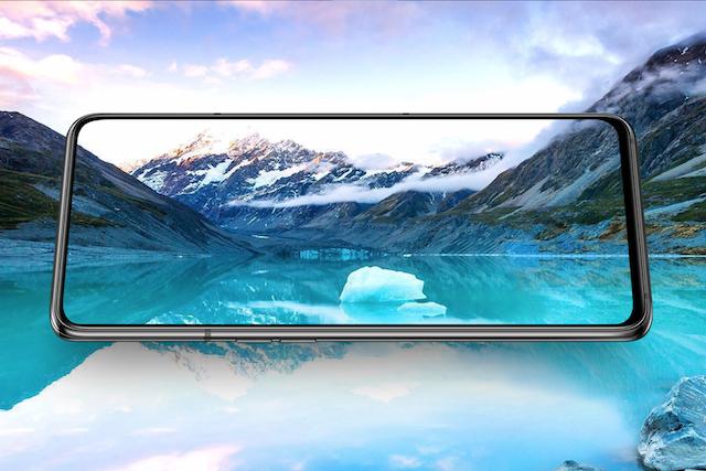 Samsung schová přední kameru do displeje