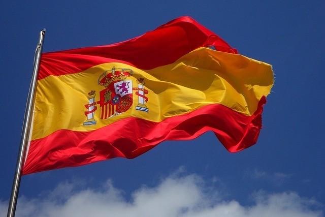 Letní speciál 2019: Jak na volání a internet ve Španělsku?