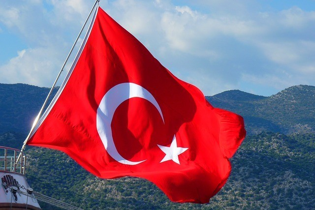 Letní speciál 2019: Jak na volání a internet v Turecku?