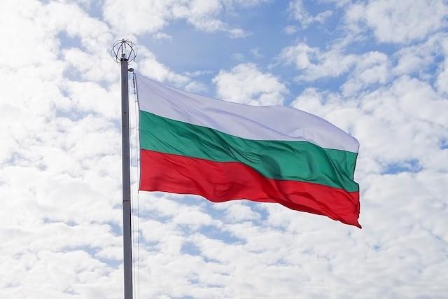 Letní speciál 2019: Jak na volání a internet v Bulharsku?