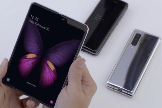 Samsung Galaxy Fold se začne prodávat už v září