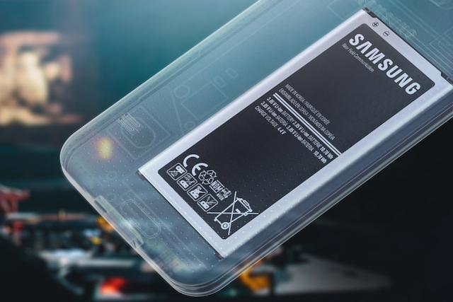 Samsung chystá telefon s grafenovou baterií