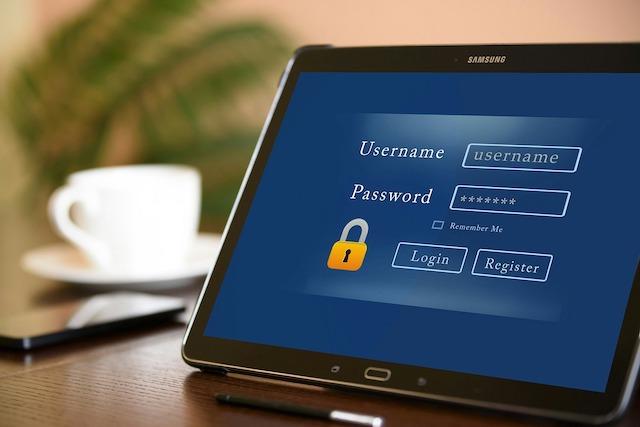 Češi nemění svá hesla tak často, jak by měli