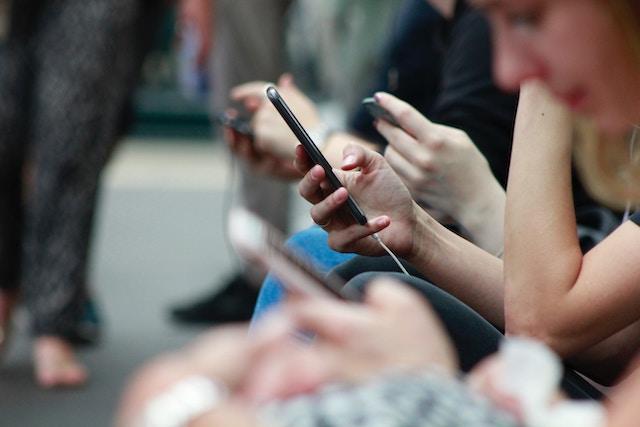 Většině Čechů stačí měsíčně 3 GB dat