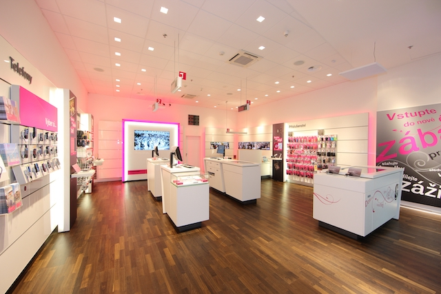 T-Mobile bude mít do konce roku přes 100 tisíc optických přípojek