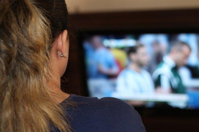 Přechod komerčních stanic na DVB-T2 v Praze se odkládá