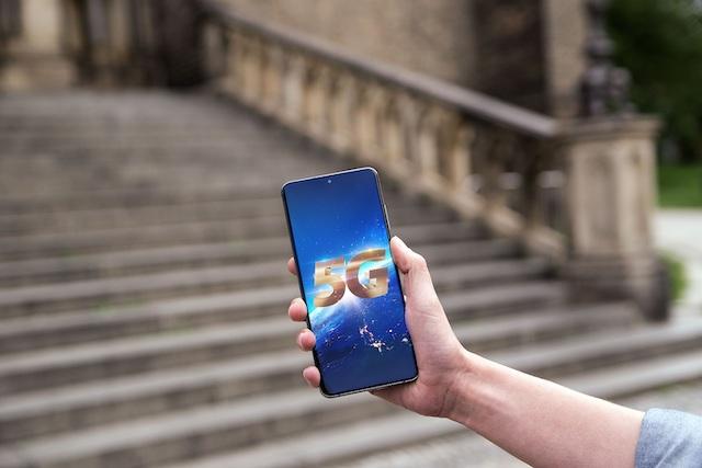 O2 spouští komerční provoz sítě 5G