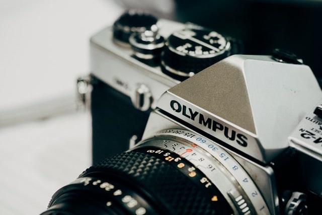 Olympus končí po 84 letech s výrobou fotoaparátů