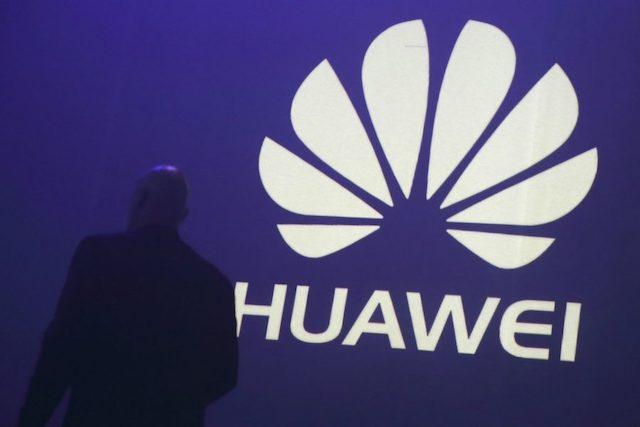 Francie nezakáže účast Huawei na budování 5G sítí