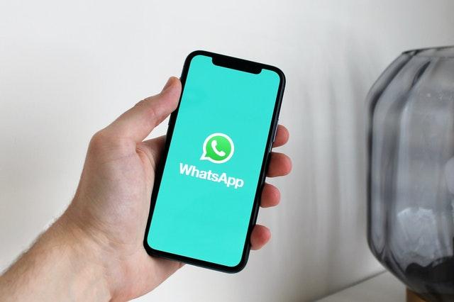 Facebook chce využívat informace z WhatsApp zpráv pro reklamní účely