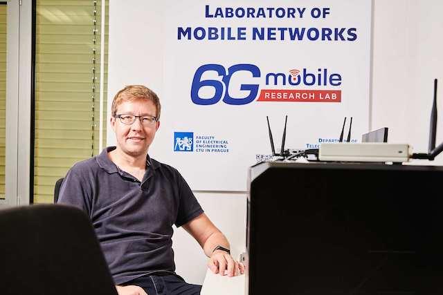 ČVUT otevřelo laboratoř pro výzkum 5G a 6G mobilních sítí